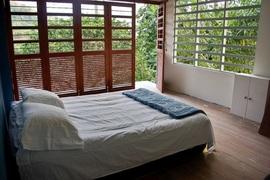 寝室,全開放,折れ扉,リノベーション